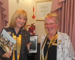 DG Lynette Stassen receives gifts from  Pres Marge Upfold