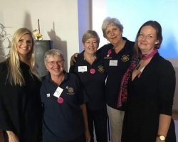 Miss Universe Michelle McLean with Rotarians at Ludertiz Conference
